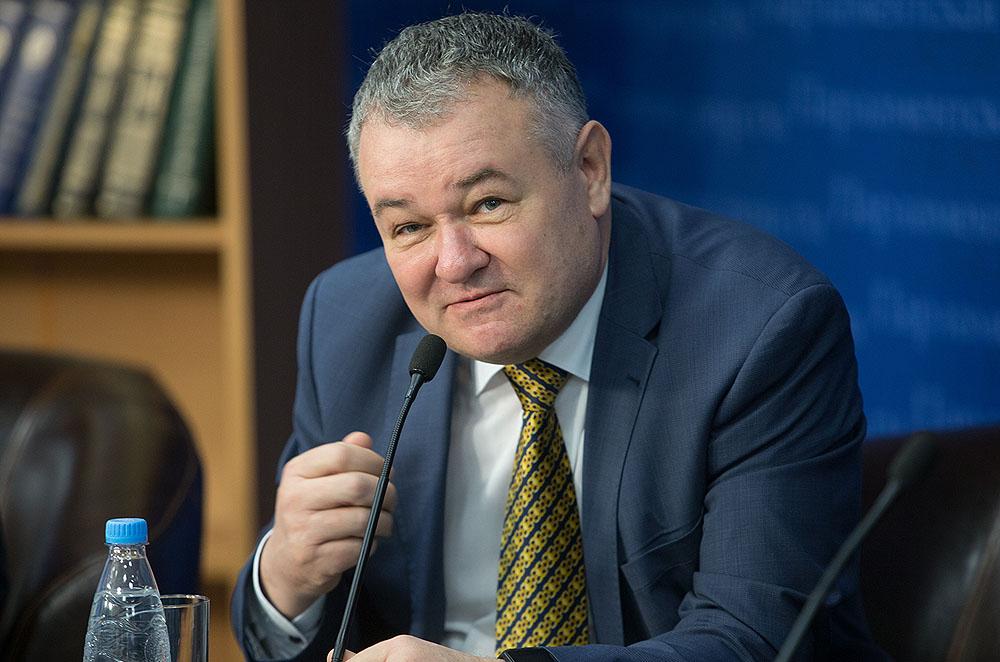 Виктор Блажеев